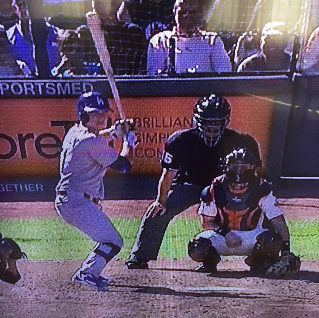 Joc Pederson's new batting stance. October 1, 2015.